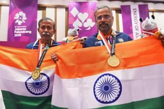 Gold medallist bridge players Pranab Bardhan and Shibhnath Sarkar. Photo: PTI