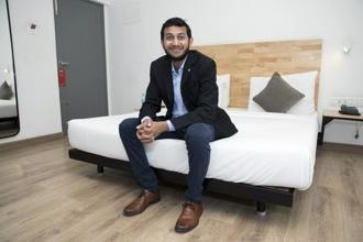 Ritesh Agarwal has become an unlikely business star, with frequent appearances on televised award shows and a cover story last year in Forbes India. Photo: Bloomberg