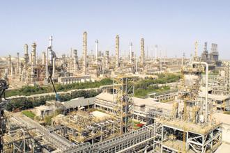 RIL's Jamnagar refinery has for years enjoyed over $4-5 premium to benchmark Singapore refining margins.