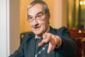 Former Soviet defence officer Stanislav Petrov is credited with preventing a nuclear war. Photo: Getty Images