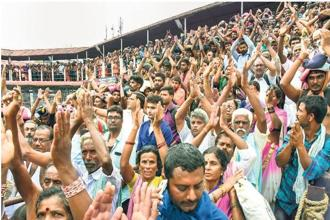 On Wednesday, thousands of protesters besieged the only entrance to the Sabarimala temple.  Photo: PTI