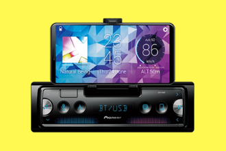 Pioneer has taken the step in the right direction with the device, in which your smartphone is the master. Photo: Pioneer