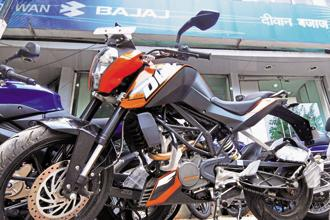 The unimpressive growth in realizations and pressure on profitability are dampeners for Bajaj Auto investors. Photo: Ramesh Pathania/Mint