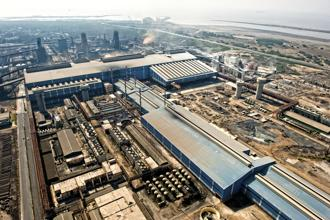 Last week, the Committee of Essar Steel Creditors picked ArcelorMittal's Rs 42,000 crore takeover offer over the company promoter's Rs 54,389 crore proposal to pay off all of the lenders' dues. Photo: Mint