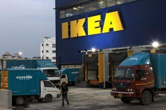 Ikea operates 423 stores in 50 countries with a sales volume of €38.3 billion. Photo: Bloomberg