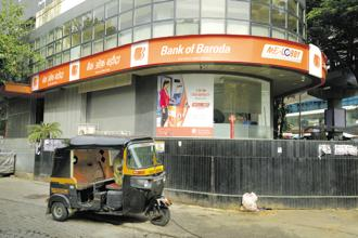 While the total staff strength will be retained at 85,000, a total of 200 branches will be shut, to leave a network of 9,500 branches. Photo: Abhijit Bhatlekar/Mint
