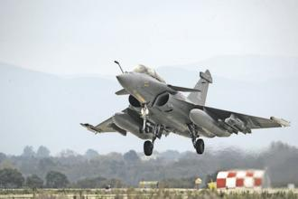 The Rafale deal is in the eye of a storm with the Congress accusing the BJP-led government of corruption and ordering of the planes at a much higher price than what was negotiated by the UPA. Photo: AFP