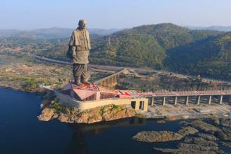 Located in Gujarat's Narmada district, the world's tallest statue, Statue of Unity, is 3.5 km away from Kevadia town and about 200 km from Ahmedabad. Photo: PTI