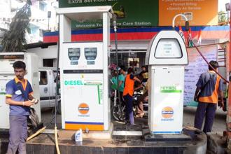 Petrol price was down by 24 paise and diesel by 27 paise today. Diesel is priced at Rs 64.82 in Delhi, Rs 65.15 in Bengaluru, Rs 67.81 in Mumbai, Rs 68.41 in Chennai and Rs 66.55 in Kolkata. Photo: Mint
