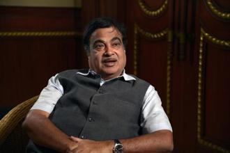 Union minister Nitin Gadkari said 80 lakh tonne of cargo was transported through the Ganga this year which was going to swell to 280 lakh tonne as a draft of 3 metre has been maintained on Varanasi to Haldia stretch of 1,680 km. File photo: Mint