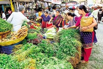 CPI-based inflation hit an 18-month low of 2.19% in December as food prices continued to slide. Wholesale price inflation too decelerated to an right-month low. Photo: Mint