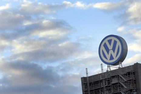 More than four months after the scandal broke in the United States, Europe's leading carmaker is still to come up with a technical fix for almost 600,000 diesel cars and is facing a growing number of legal claims.  Photo: AP