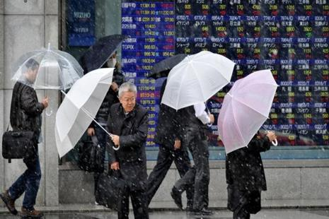 The Nikkei fell as much as 5.4% to 14,865.77 in morning trade, a level unseen since October, 2014. Photo: AFP