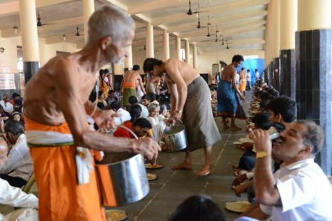 Many places of worship insist they already follow the best safety standards while preparing prasadam. Photo: Hemant Mishra/Mint