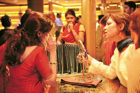 Globally, gold rose 0.16% to $1,279.70 an ounce in London. Photo: Pradeep Gaur/Mint