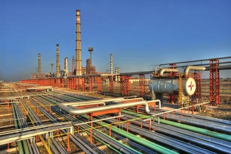 A file photo of Essar Oil's Vadinar refinery in Gujarat.