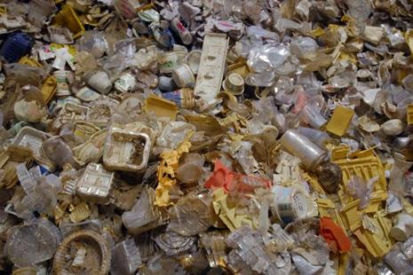NGT had directed CPCB in January 2015 to devise guidelines for safe disposal of thermoset plastic waste. Photo: Ramesh Pathania/Mint