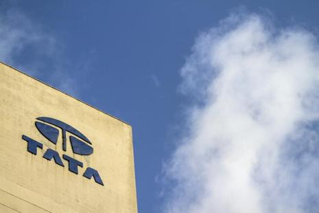 During the quarter, Singapore Technologies Telemedia agreed to acquire a 74% stake in Tata Communications' data centre business in India and Singapore for about Rs3,150 crore. Photo: Bloomberg