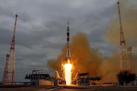 The next Soyuz mission is set to blast off to the station, which orbits about 250 miles (400 km) above Earth, on 16 November. Photo: Reuters