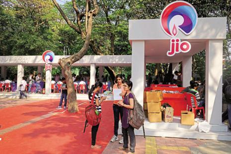 The telecom regulator ruled that the three firms deliberately blocked the calls made from Reliance Jio's network. Photo: Abhijit Bhatlekar/Mint