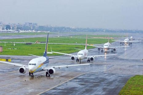 On a year-on-year basis, passengers carried by domestic airlines increased more than 20% for October and November, according to the DGCA. Photo: Hindustan Times