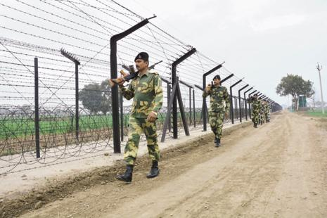 The salary gap between the second-in-command of the BSF and a lieutenant colonel of the Army is the highest at Rs37,900. Photo: HT