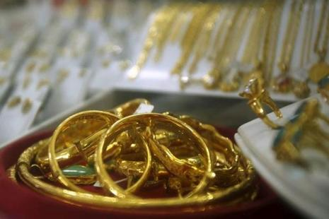 Pure gold prices rose by Rs235 to conclude at Rs 29,435 per 10 grams. Photo: Reuters