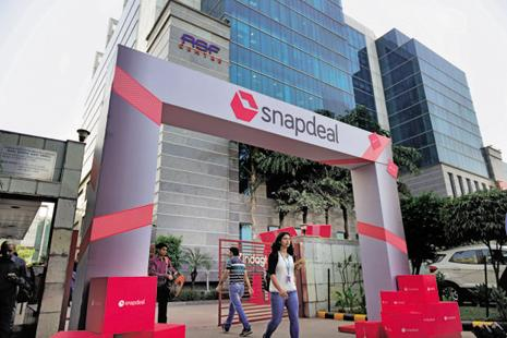 Snapdeal has lost significant market share to e-commerce rivals Flipkart and Amazon in the last 12-18 months, slipping to a distant No. 3 position. Photo: Pradeep Gaur/Mint