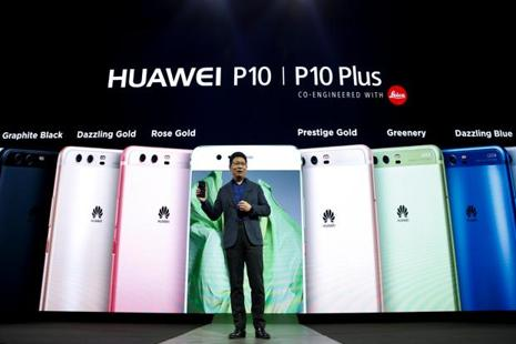 Huawei has aggressively expanded its mid- to high-end phones and is going head to head in Asia and Europe with Apple and Samsung in the premium phone market. Photo: Reuters