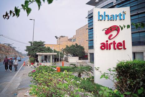 Airtel has limited 4G spectrum in the band in circles where Tikona, a Mumbai-based network solutions provider, has spectrum. Photo: Pradeep Gaur/Mint