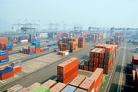 After raising $400 million last year, Jawaharlal Nehru Port Trust is going for another dollar-denominated loan, said Rajive Kumar, shipping secretary. Photo: Mint