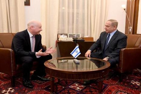 Jason Greenblatt (left), US President Donald Trump's Middle East envoy, meets Israeli Prime Minister Benjamin Netanyahu at the prime minister's office in Jerusalem. Photo: Reuters