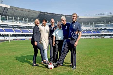 Jaime Yarza (3rd L), head of tournament Fifa and Javier Ceppi (R),tournament director, LOCFIFA, state sports minister Lakshmi Ratan Shukla (2nd L) and other officials after announcing the fixtures for the upcoming Fifa U-17 World Cup 2017, at Salt Lake stadium in Kolkata on Monday. Photo: PTI