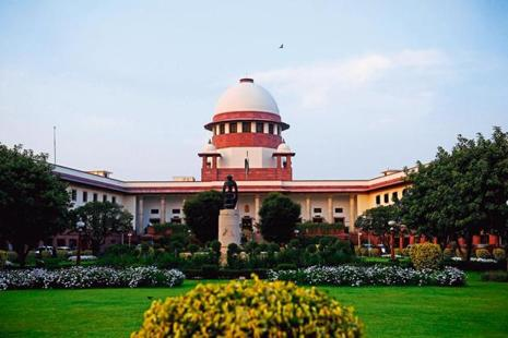 A Supreme Court bench comprising justices Ranjan Gogoi and Navin Sinha heard final arguments by senior advocate Shanti Bhushan, who appeared for the petitioner, and the government's top law officer, attorney general Mukul Rohatgi. Photo: Mint