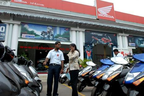 With 6.71 lakh two-wheelers out of over 8 lakh BS-III vehicles impacted by the BS III ban, dealers said the immediate effort is to sell as many units as possible before 1 April by offering 'unheard of discounts' in the industry. Photo: Hemant Mishra/Mint