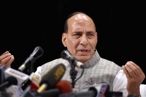 Home minister Rajnath Singh directed the officials to ensure intensified vigil along the International Border and the LoC to foil attempts by the militants to sneak into Jammu and Kashmir during the summer, the sources said. Photo: PTI