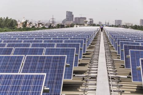 India's solar power generation capacity has more than tripled to 10,000MW from 2,650MW as of 26 May 2014. Photo: Bloomberg