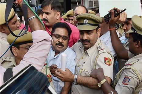 AIADMK leader T.T.V. Dinakaran after being produced in Tis Hazari court in New Delhi on Wednesday. Photo: PTI
