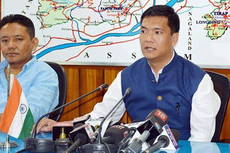 File photo. Appreciating their decision to join BJP, CM Pema Khandu (right) said that the BJP under the leadership of Prime Minister Narendra Modi was the only party with a difference. Photo: PTI