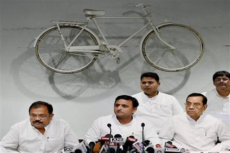 Akhilesh Yadav, whose party was drubbed by the BJP in the recent UP polls, has demanded that future elections be conducted through ballot papers. Photo: Nand Kumar/PTI