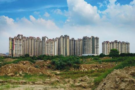 Most builders and real estate agents said they are still struggling to understand the regulations under the Real Estate Act (RERA) that gets implemented today. Photo: Ramesh Pathania/Mint