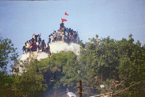 The apex court had on 19 April directed that Advani, Joshi, Bharti  and other accused in the case would be prosecuted for serious offence of criminal conspiracy in the politically sensitive 1992 Babri Masjid demolition case. Photo: HT