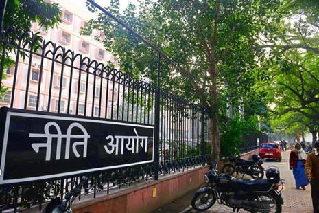 The Niti Aayog's report said the Employment Unemployment Surveys of the National Sample Survey Office consistently reported low rates of unemployment over more than three decades. Photo: Pradeep Gaur/Mint