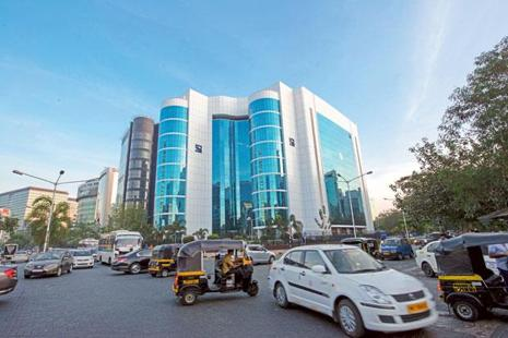 Sebi had issued norms in 2012 for business continuity plans and disaster recovery to ensure a disruption in trading activity does not impact the market integrity of stock exchanges. Photo: Aniruddha Chowdhury/Mint