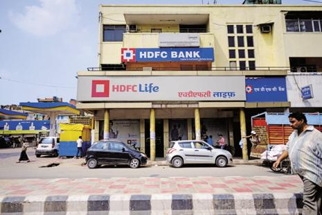 As HDFC Life has an embedded value of around Rs12,300 crore, it may end up getting a market capitalization of around Rs31,000-37,000 crore, far lower than what the company would have commanded as a merged entity, say analysts. Photo: Pradeep Gaur/Mint