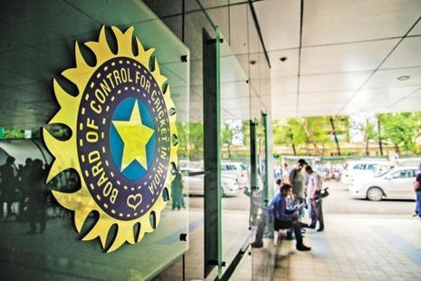 The two hour and 45 minute long Special General Meeting, attended by controversial former BCCI president N Srinivasan, did not take any decisive call. Photo: Mint