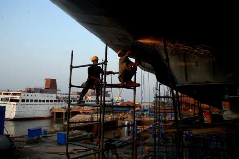 ABG Shipyard is one of the 12 non-performing accounts against which the Reserve Bank of India had directed banks to take action under the Insolvency and Bankruptcy Code (IBC). File photo: Mint