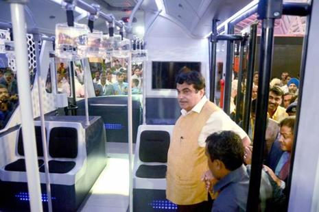 Union minister Nitin Gadkari during a visit to the India-International Bus and Car Travel Show at Vashi in Navi Mumbai on Friday. Photo: PTI