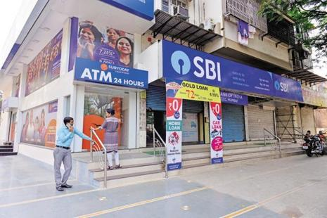 SBI accounts for over 27% of the total amount owed to public sector banks by wilful defaulters. Photo: Anirudhha Chowdhury/Mint