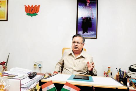 Chhattisgarh chief minister Raman Singh has ordered an enquiry on Monday. File photo: Ramesh Pathania/Mint